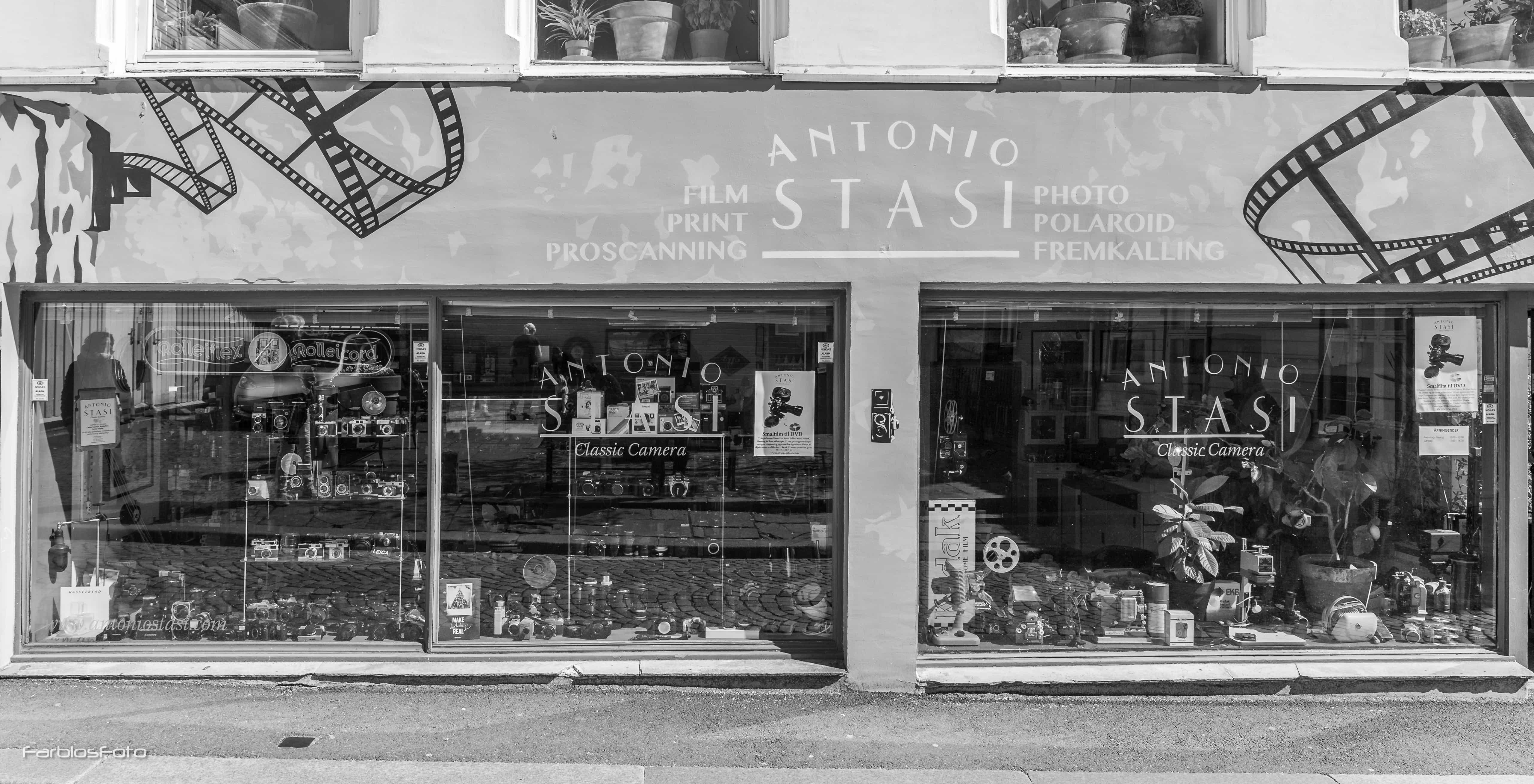 Antonio Stasi Classic Camera