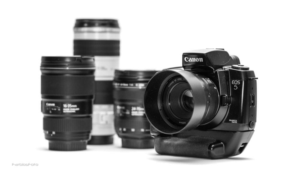 Canon EOS 5 QD mit Vertical Grip VG10 und 50mm f/1.8 STM